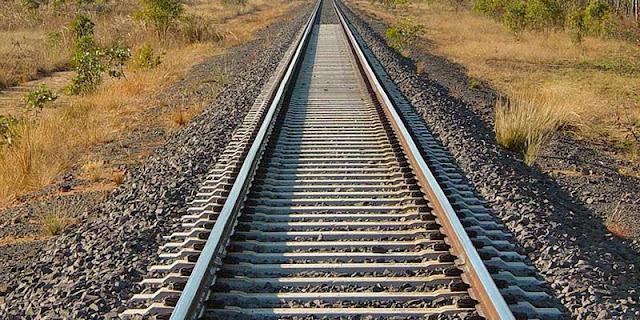 Έτοιμη η Περιφέρεια να προκηρύξει το έργο ΣΔΙΤ για την επανεκκίνηση του σιδηροδρόμου της Πελοποννήσου