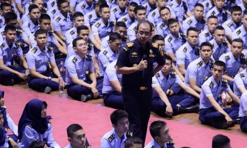 Politeknik Keuangan Negara Sekolah Tinggi Akuntansi Negara (PKN STAN)