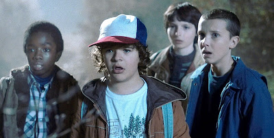 Stranger Things 2. SezonCaleb McLaughlin, Gaten Matarazzo, Finn Wolfhard, Millie Bobby Brown - Stranger Things 2. Sezon