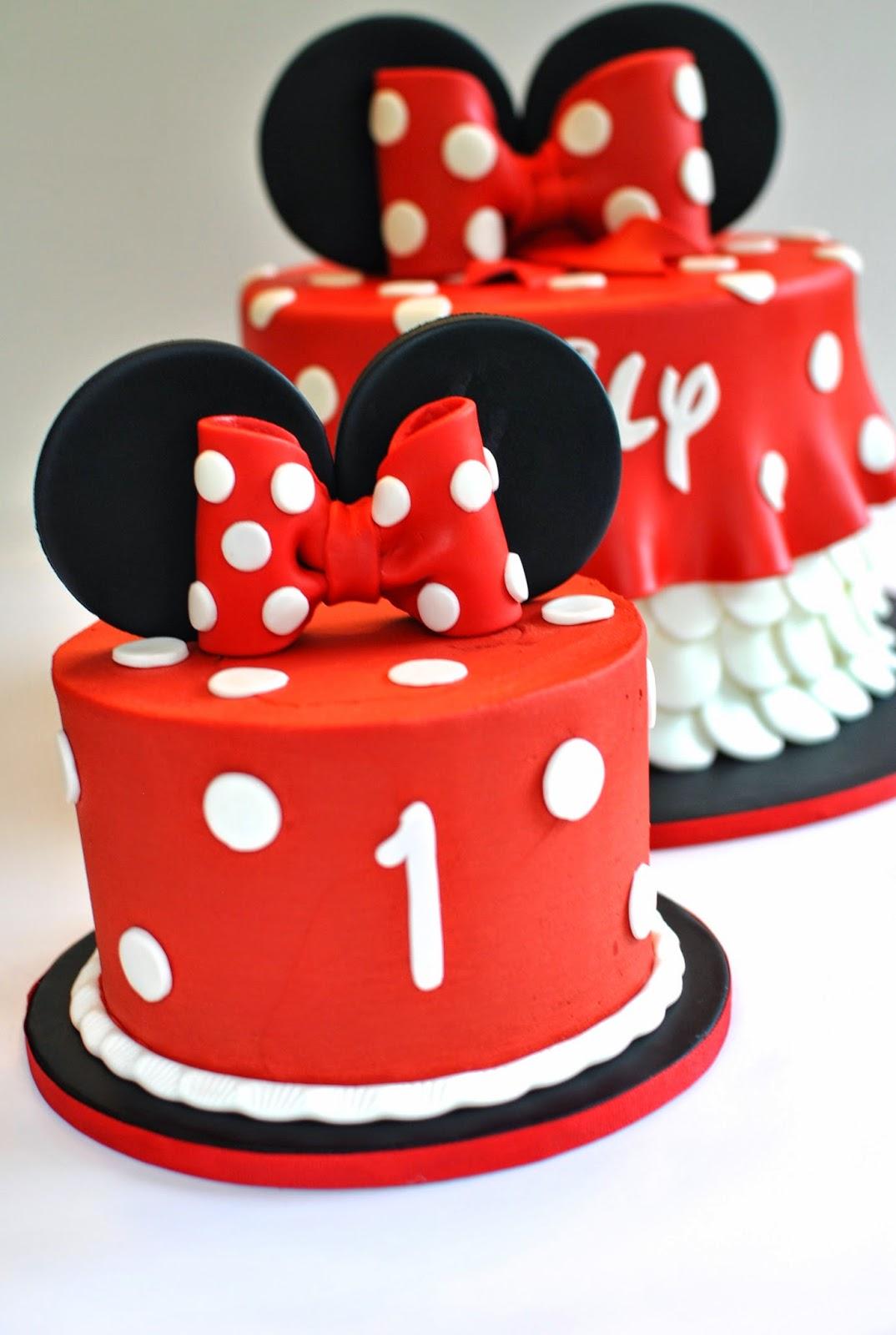 Hope S Sweet Cakes Mario Cart Cake Luau Cake And Minnie