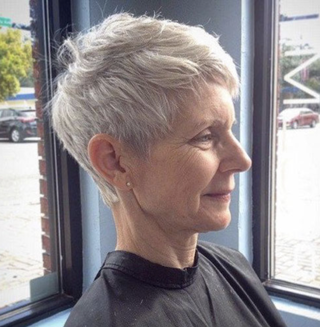 short hairstyles for older women 2019