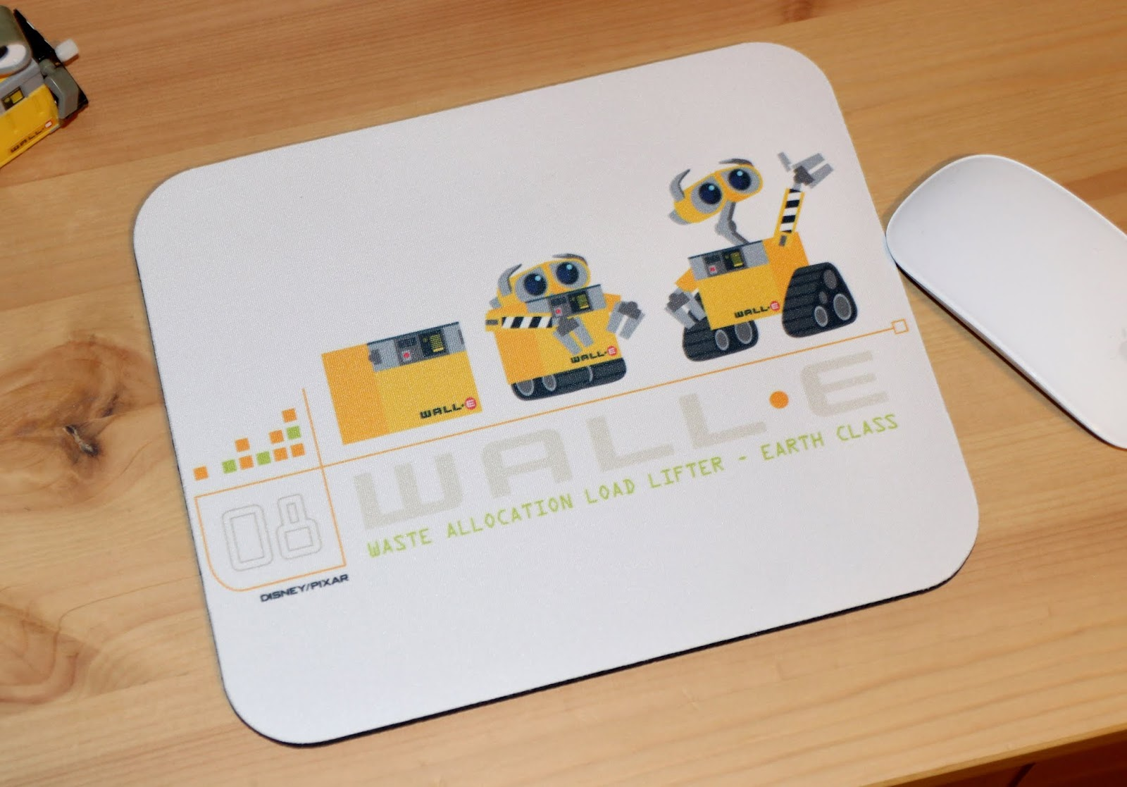 disney pixar wall-e mousepad