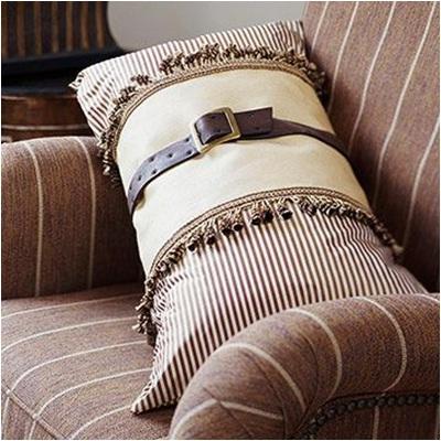 Sabuk bekas bisa menghias bantal kursi