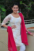 mannara chopra beautiful photos-thumbnail-3