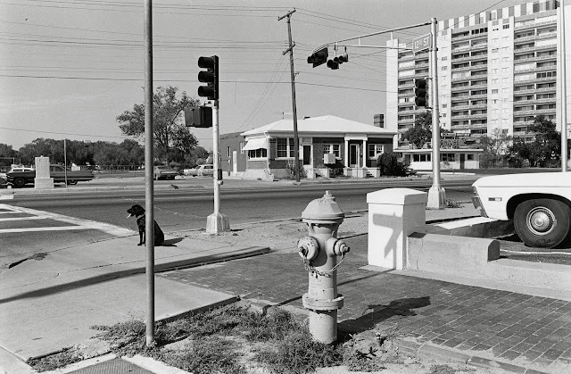 Lee Friedlander – Albuquerque, New Mexico, 1972