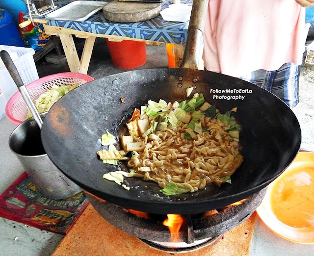 Lucy Stall Fried Pan Mee At Happy Garden Kuchai Lama