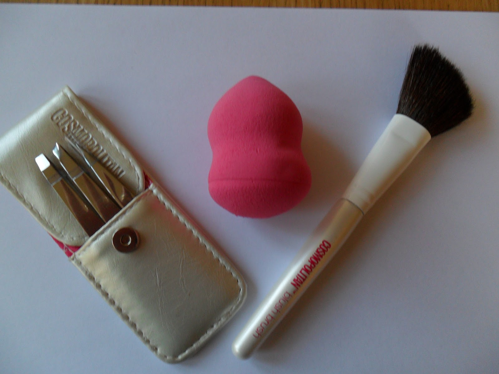 review of cosmopolitan beauty accessories
