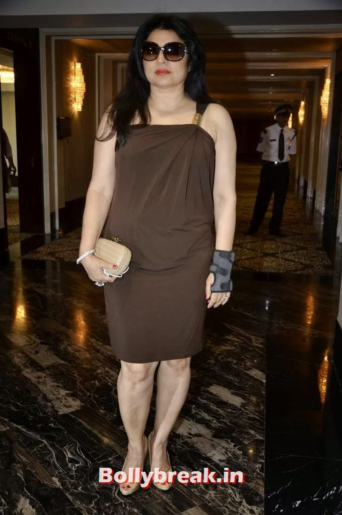 Kiran Juneja, Yesteryear Actresses at the Launch of Fit at 40 Book