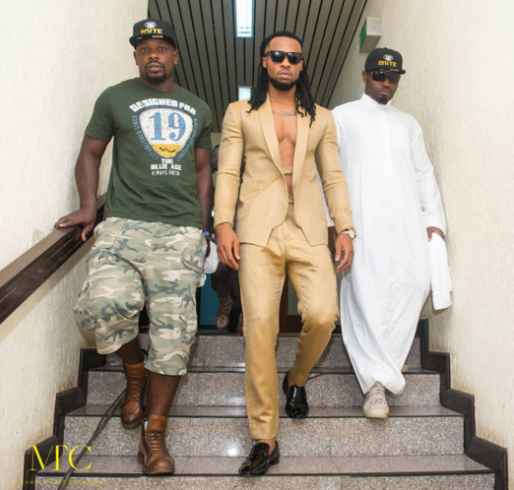 1 Photos: Flavour steps out in suit without a shirt