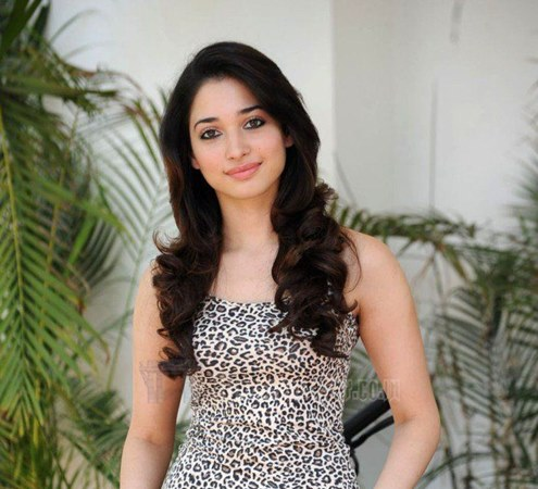 South Indian actress Tamanna Bhatia salary, Tollywood movie, Income per movie, She is in list of top 10 Highest Paid in 2016