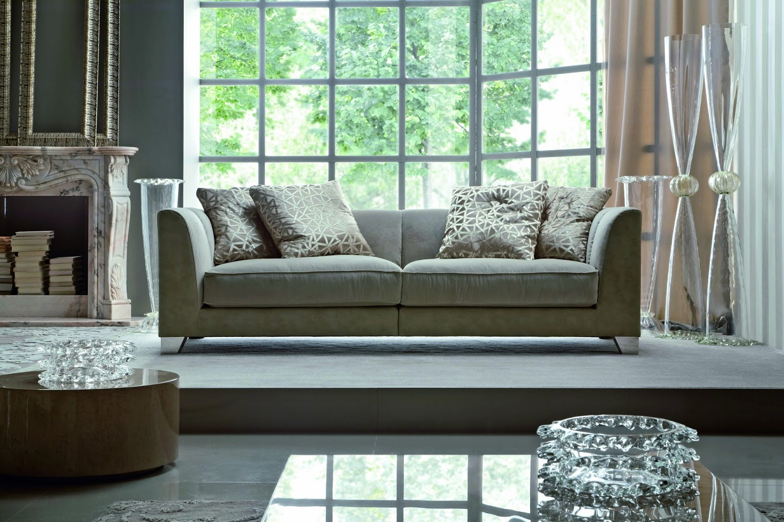 Modern Living Room Chair The Wooden Stevens Point Wi Choosing A Comfortable Sofa Furniture For