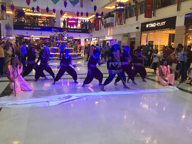 DLF Place, Saket organized musical-dance style Ramleela performance to brighten up the Dussera festivities