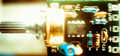 Master mixer circuit with one potentiometer