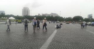 Wuih .. Lihat Nih Bersihnya Lapangan Monas Setelah Aksi Super-Damai 212 - Commando