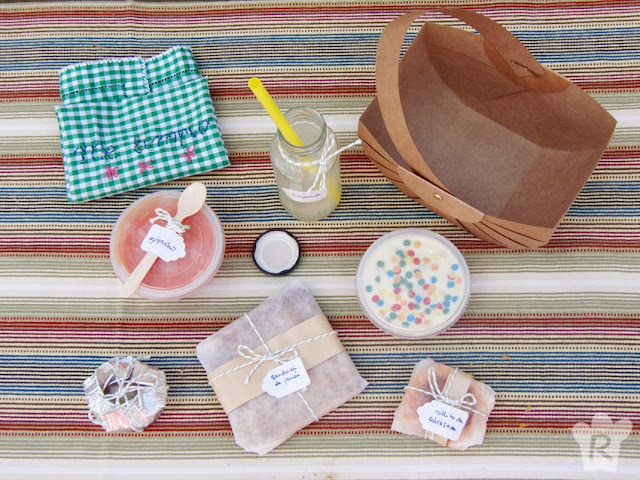 Cestita con menú de picnic