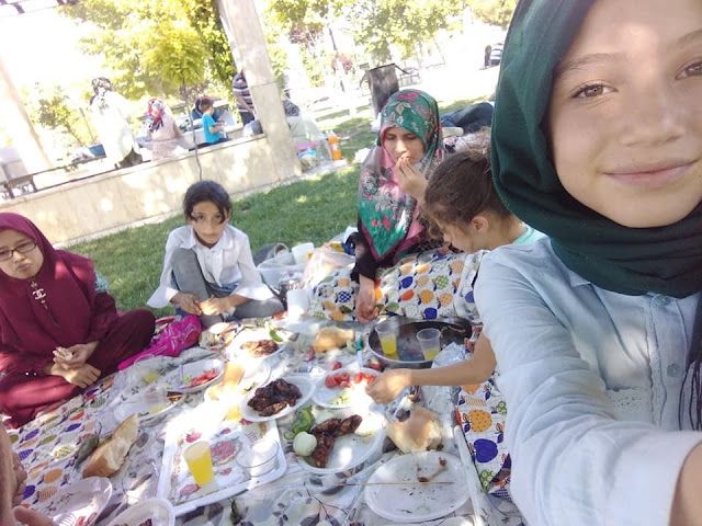 Pengalaman Barbeque alias Bakar-bakar Bersama Orang Turki Liburan Bersama Orang Turki
