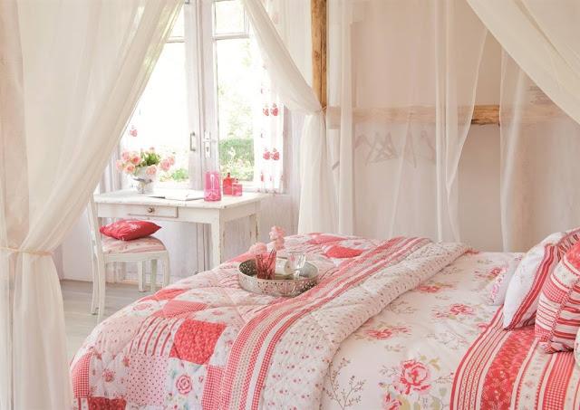 lovely deco baldaquin et ciel de lit. Black Bedroom Furniture Sets. Home Design Ideas