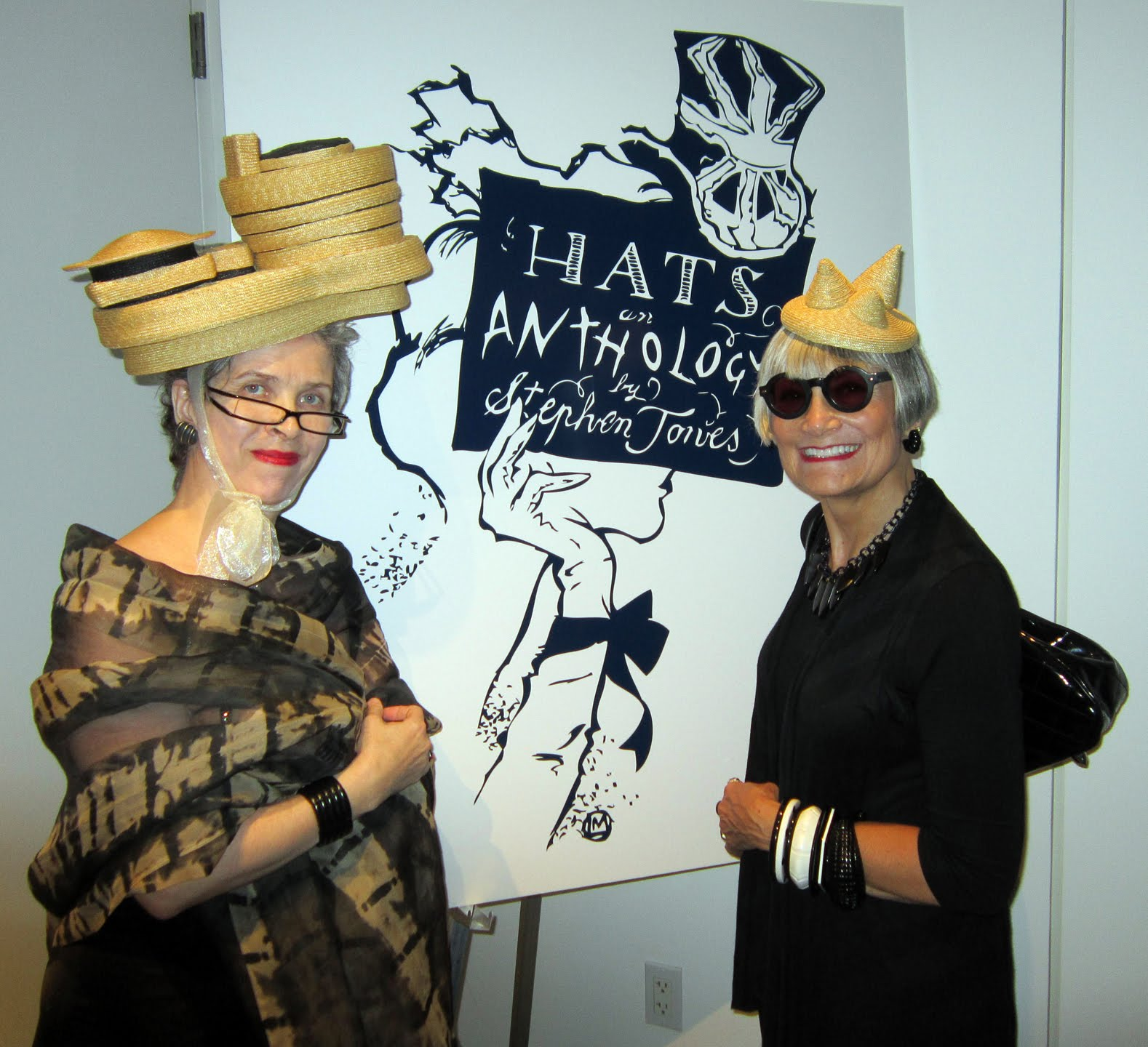 Idiosyncratic Fashionistas  Hats  An Anthology at Bard Graduate ... 5bef7d89010
