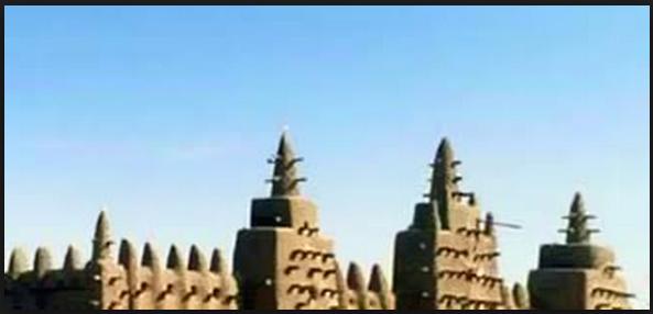 7 Bangunan Masjid yang Terbuat dari Lumpur