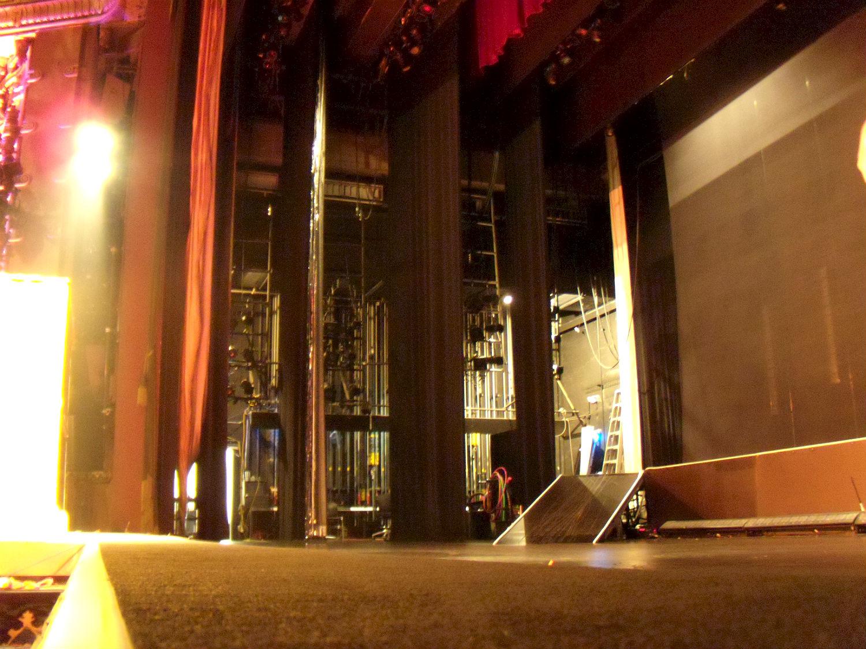 Los Angeles Theatres: El Capitan Theatre: backstage