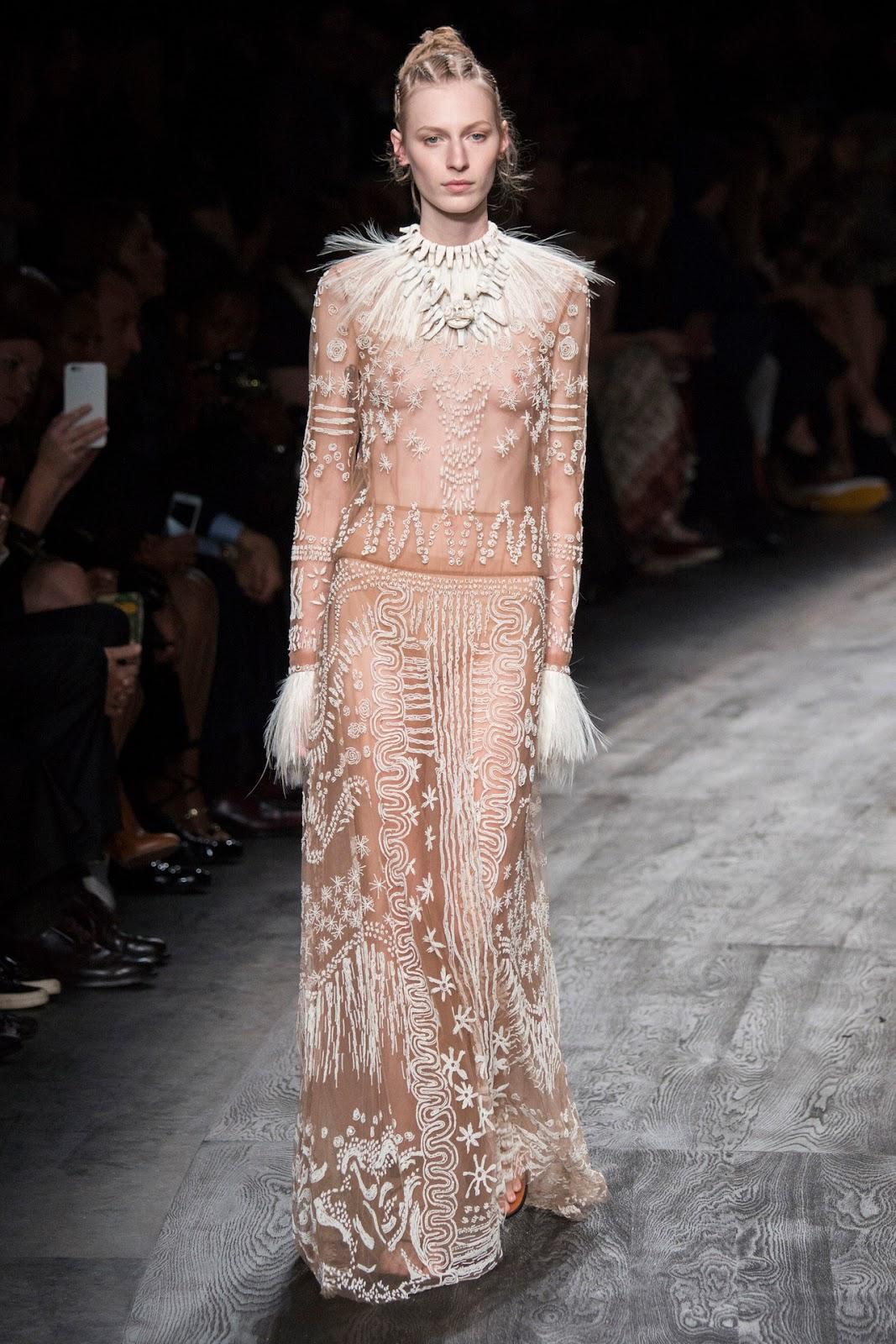 Valentino Spring 2016 Couture: Valentino Spring / Summer 2016 Paris