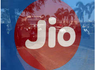 Reliance jio competitors prepaid offers for competition in price war in india