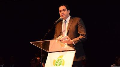 Paulo condena condução de ministro sobre a fábrica da Hemobras
