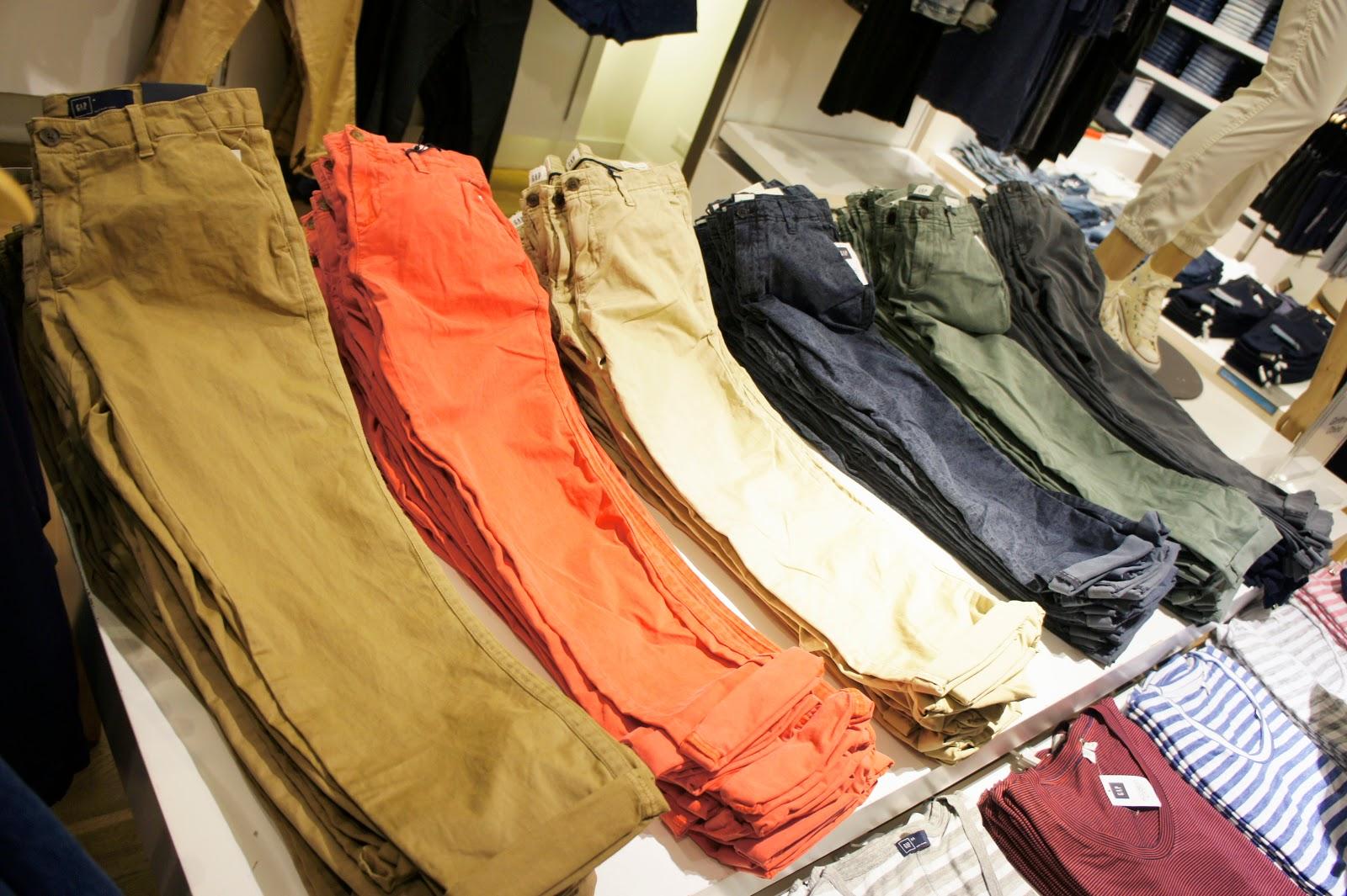 pantalones GAP