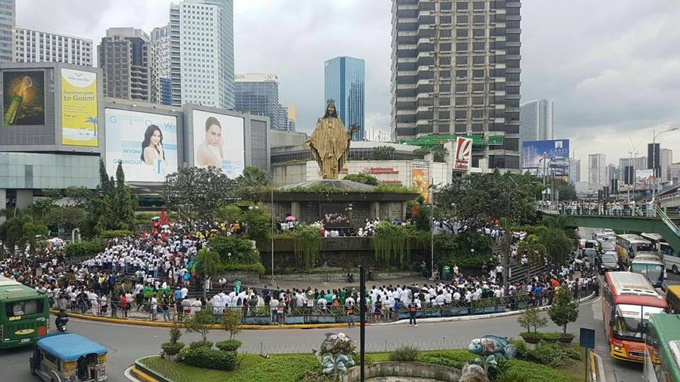 Video Footage sa EDSA Rally, Nilangaw! Di Ipinakita sa TV