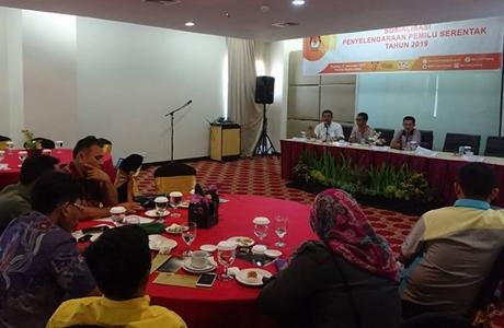 KPU Kota Padang Minta Anggota PPK Mampu Menjaga Integritas dan Independensi