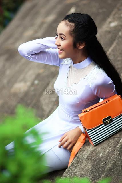sexy-vietnam-model-ao-dai