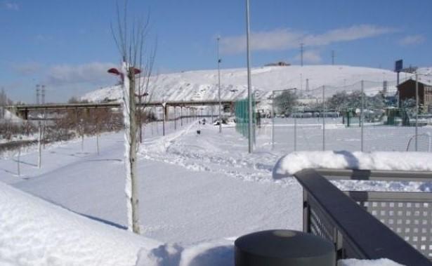 Campo de Fútbol de Puente Castro  Campo de césped natural + artificial en León  Fotos antiguas