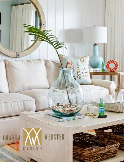 Palm Frond Decor Ideas for Vases