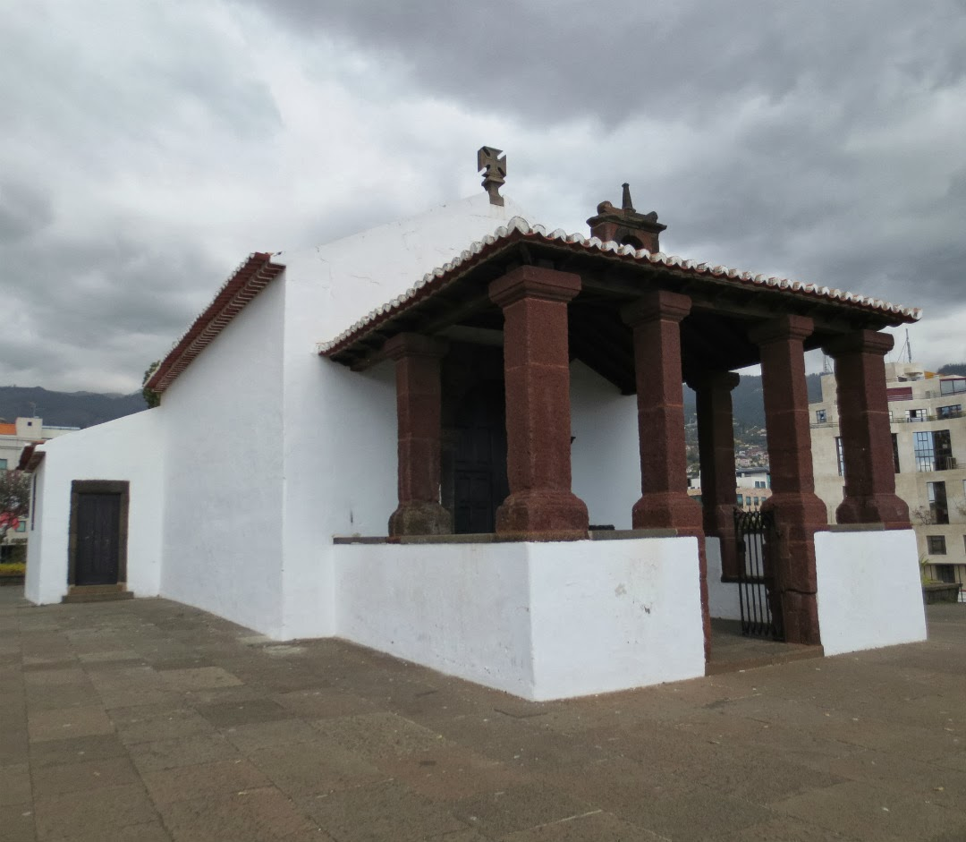 Santa Catarina chapel near the sky