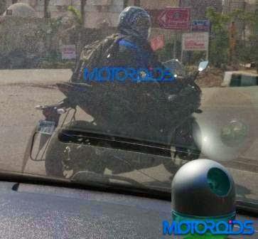 Yamaha YZF-R3 terpantau sudah tes jalan di India