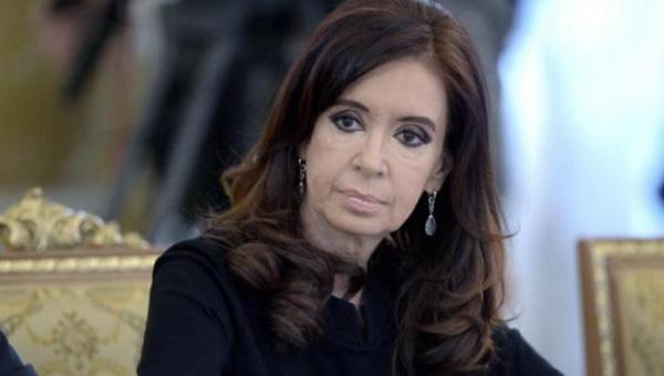 Nuevo ataque judicial: Embargan pensión de Cristina Fernández