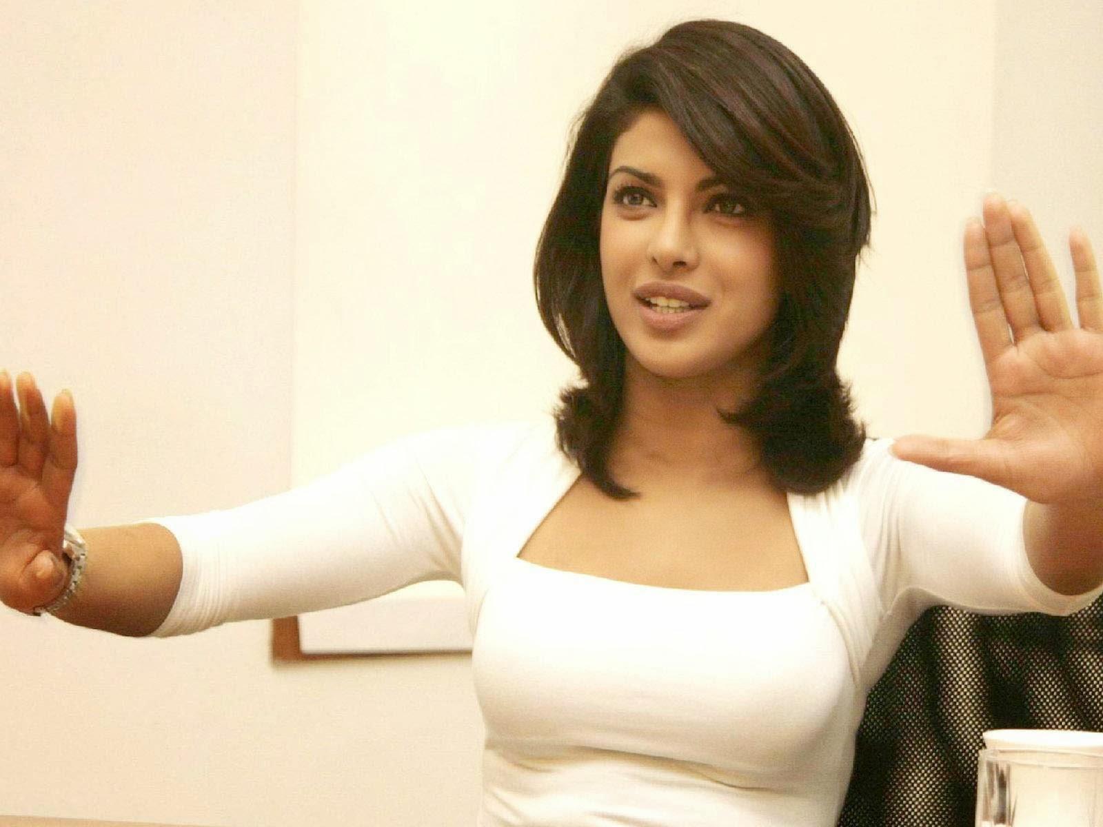 priyanka chopra breast photo
