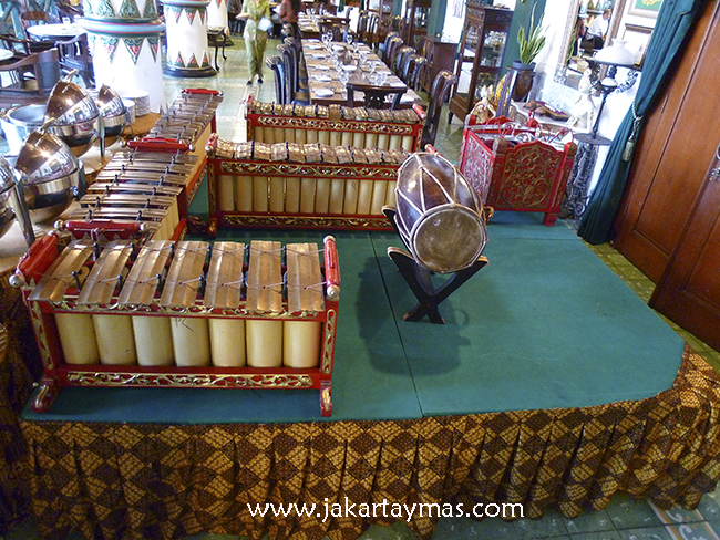Gamelan, orquesta indonesia