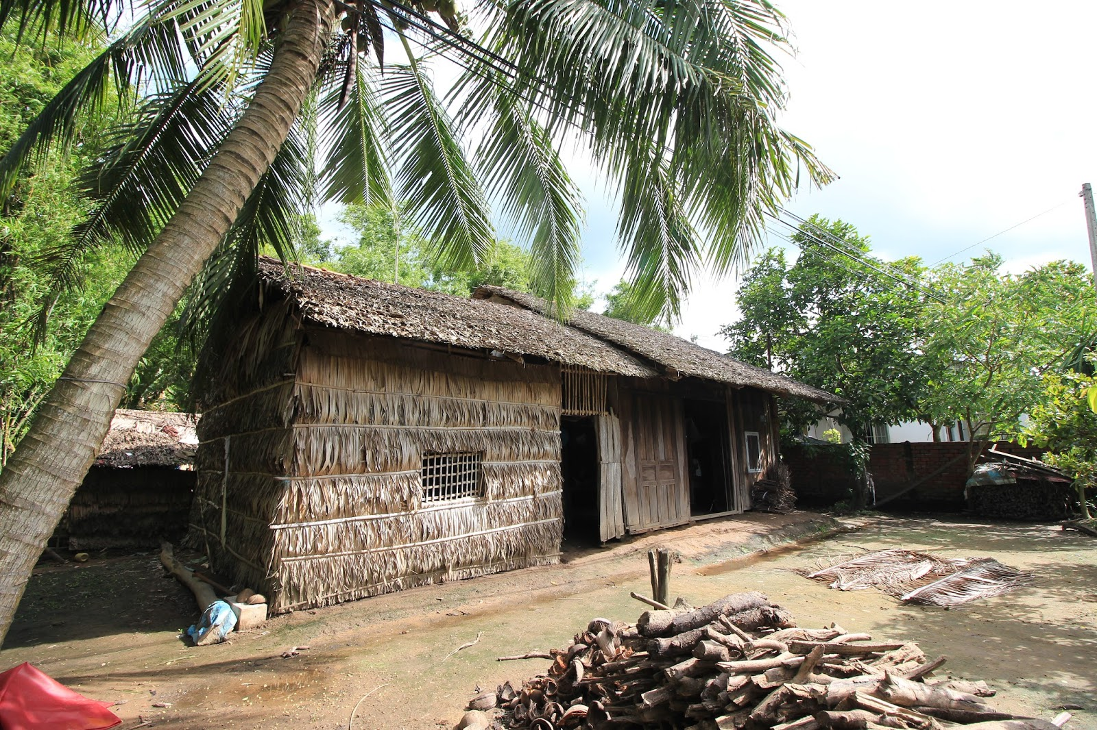 Kiến trúc mái nhà truyền thống ở Việt Nam