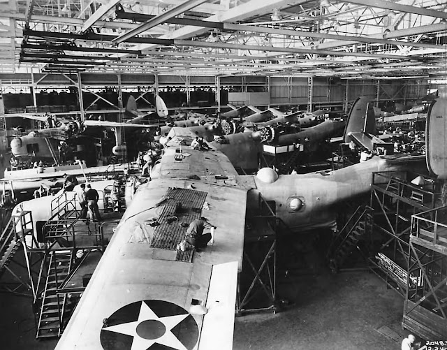 1 December 1940 worldwartwo.filminspector.com Martin PBY-1 Mariner construction line