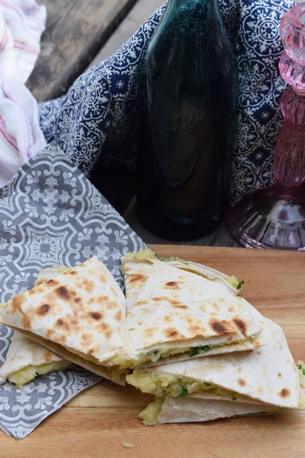 Tortillasnibbar med potatis och västerbottensost