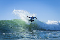 39 Mick Fanning Rip Curl Pro Portugal foto WSL Damien Poullenot