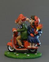 cake topper fumetti vespa tifosi torta nozze statuetta orme magiche