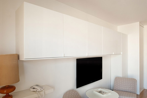 Sp cial petits espaces d coration r tro dans un studio de 26 m2 blog d co - Rangement petits espaces ...