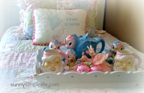vintage tea set, vintage Santa mugs, shabby chic bedroom decorating ideas
