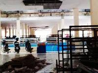 Lantai 2 Pasar Sentral Pangkep Kumuh, Bau Pesing dan Banyak Sampah Berserakan