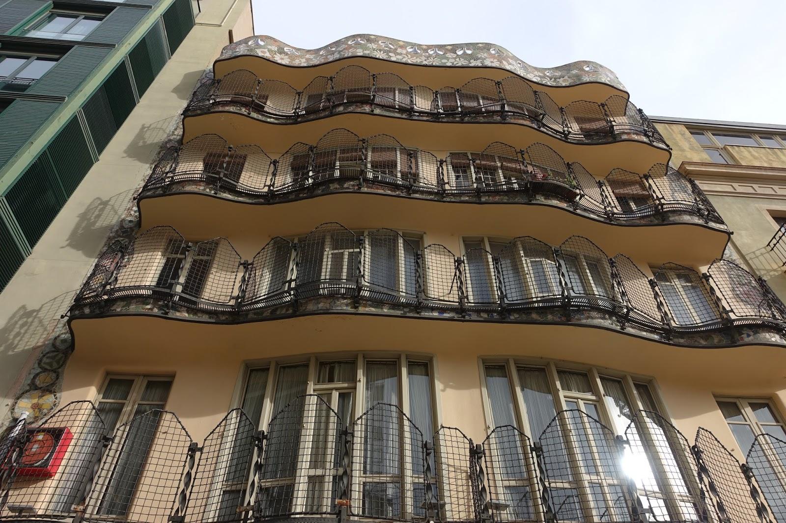 カサ・バトリョ(Casa Batlló) テラス