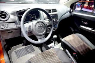Nội thất Toyota Wigo đơn giản