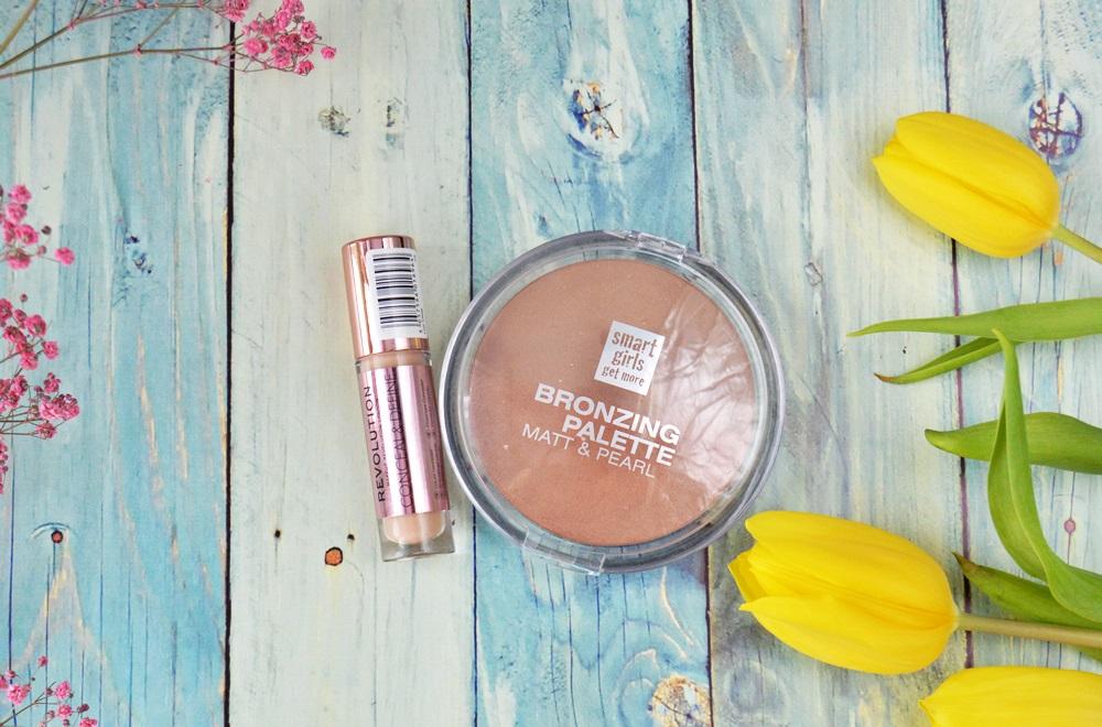 Make Up Revolution Conceal & Define i Smart Girls Get More bronzing palette