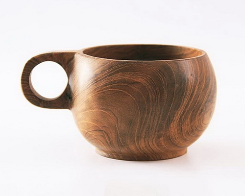 Tinuku Nana Unique Store displays unique grip design solid teak wood cups Kenta Mug and Cameo Mug